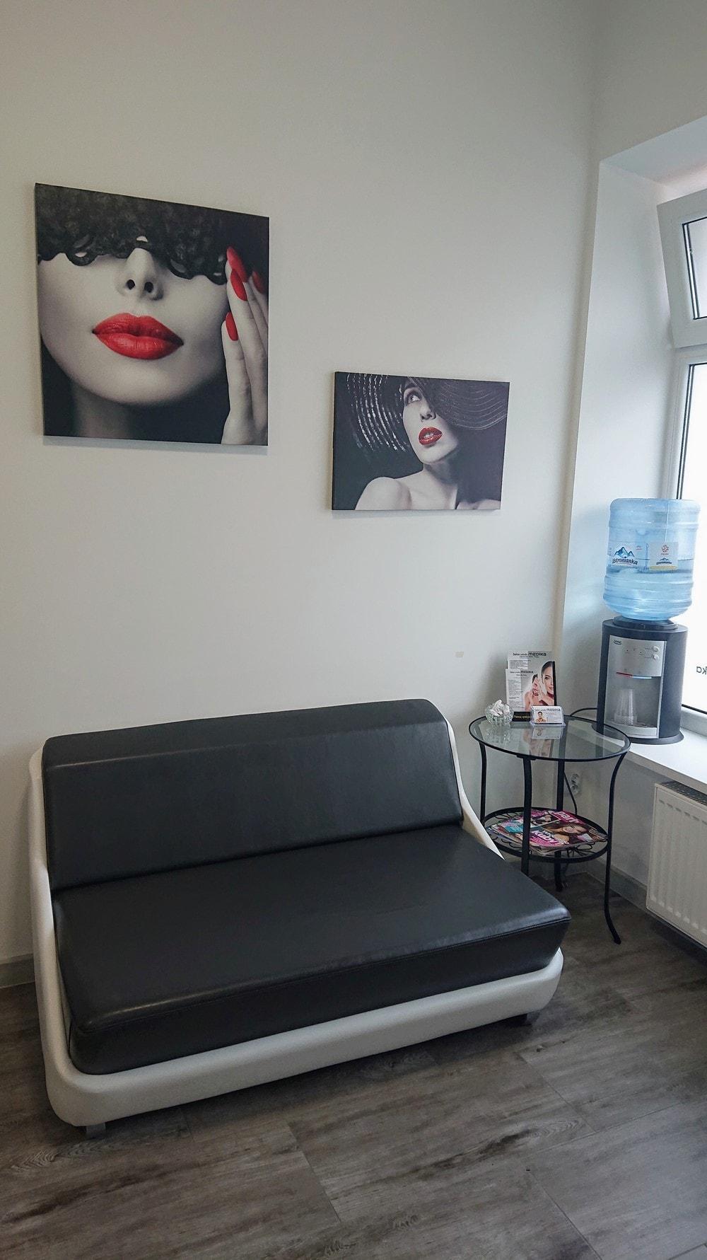 Showroom mebli kosmetycznych i urządzeń kosmetycznych Lapio Stalowa Wola