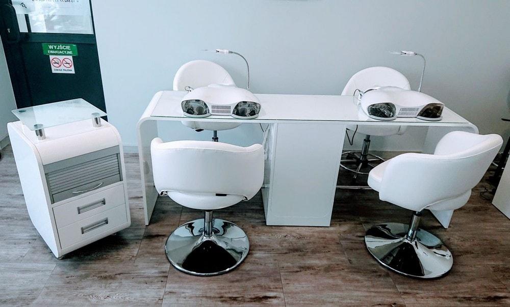 Showroom mebli kosmetycznych i urządzeń kosmetycznych Lapio Stalowa Wola 5.