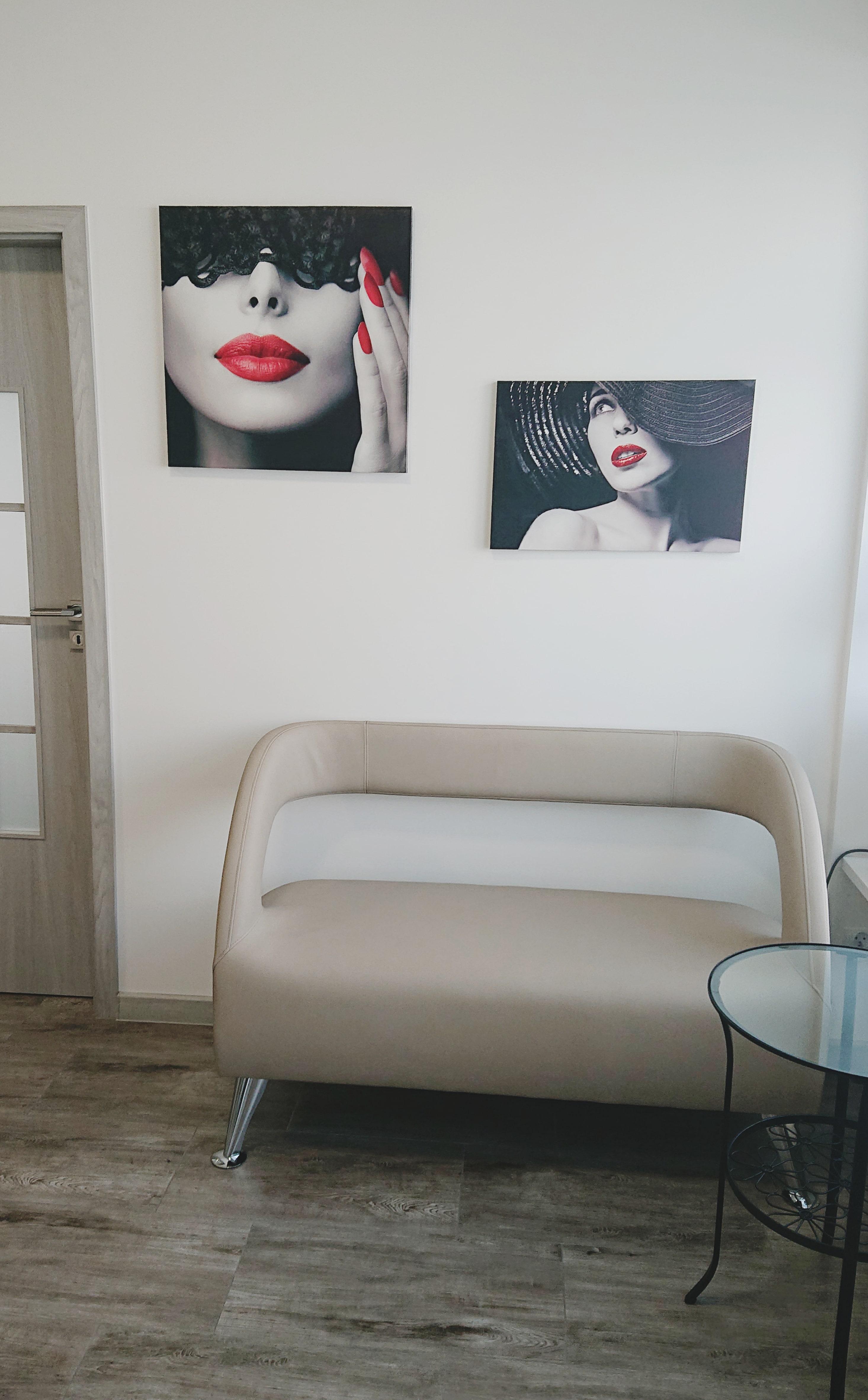 Showroom mebli kosmetycznych i urządzeń kosmetycznych Lapio Stalowa Wola 1.